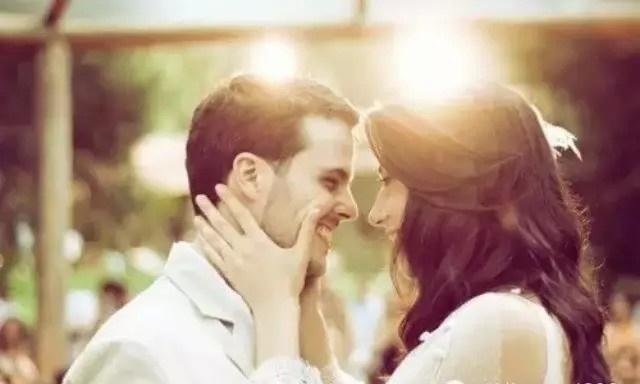 广场求婚创意策划,520情人节广场众人见证浪漫求婚